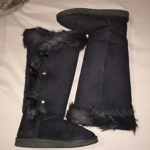 Women Black boots